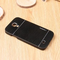 Пластиковый непрозрачный матовый чехол с текстурным покрытием Металл для Samsung Galaxy S4 Mini Черный