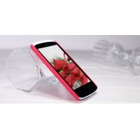 Пластиковый матовый премиум чехол для HTC Desire 500 Красный