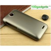 Пластиковый матовый чехол для HTC Desire 310 Бежевый