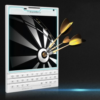 Ультратонкое износоустойчивое сколостойкое олеофобное защитное стекло-пленка для Blackberry Passport