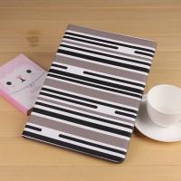 Текстурный чехол подставка на поликарбонатной основе с внутренними отсеками и полноповерхностным принтом для Ipad Pro Черный