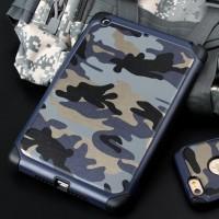 Двухкомпонентный чехол с силиконовой подложкой и поликарбонатной накладкой Камуфляж для Ipad Mini 4 Синий