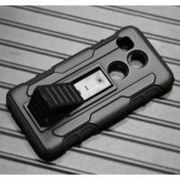 Антиударный гибридный силиконовый чехол с поликарбонатной крышкой и встроенной ножкой-подставкой для Google LG Nexus 5X Черный