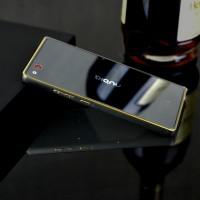 Металлический бампер с золотой окантовкой для ZTE Nubia Z9 Max
