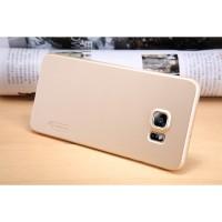 Пластиковый матовый нескользящий премиум чехол для Samsung Galaxy S6 Edge Plus Бежевый