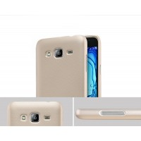 Пластиковый матовый нескользящий премиум чехол для Samsung Galaxy J3 (2016) Бежевый