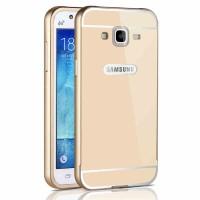 Двухкомпонентный чехол с металлическим бампером и поликарбонатной накладкой для Samsung Galaxy J3 (2016) Бежевый