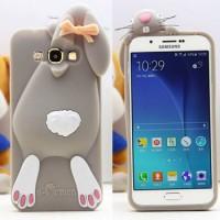 Силиконовый дизайнерский фигурный чехол для Samsung Galaxy J3 (2016) Серый
