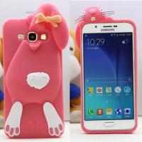 Силиконовый дизайнерский фигурный чехол для Samsung Galaxy J3 (2016) Розовый