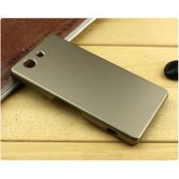 Пластиковый матовый металлик чехол для Sony Xperia Z3 Compact Бежевый