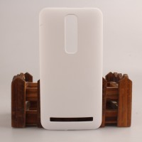 Пластиковый матовый непрозрачный чехол для Asus Zenfone 2 Белый