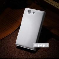 Чехол портмоне подставка с защелкой для Sony Xperia Z3 Compact Белый