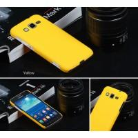 Пластиковый матовый непрозрачный чехол для Samsung Galaxy Core Advance Желтый