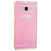 Двухкомпонентный чехол с металлическим бампером и поликарбонатной накладкой с золотой окантовкой и лого-отверстием для Samsung Galaxy A5 Розовый