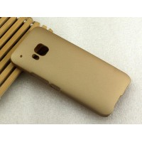 Пластиковый матовый нескользящий чехол для HTC One M9 Бежевый