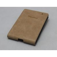 Кожаный чехол вертикальная книжка (нат. кожа) для Blackberry Passport Бежевый