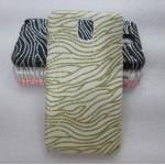 Эксклюзивный пластиковый дизайнерский чехол с аппликацией ручной работы серия Флора для Samsung Galaxy Note 3