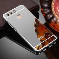 Двухкомпонентный чехол c металлическим бампером с поликарбонатной накладкой и зеркальным покрытием для Huawei P9 Серый
