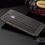 Двухкомпонентный чехол c металлическим бампером с золотой окантовкой, поликарбонатной накладкой и текстурным покрытием Металл для Huawei P9