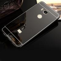 Двухкомпонентный чехол c металлическим бампером с поликарбонатной накладкой и зеркальным покрытием для Xiaomi RedMi 4 Pro  Черный