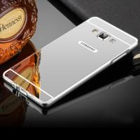 Двухкомпонентный чехол c металлическим бампером с поликарбонатной накладкой и зеркальным покрытием для Samsung Galaxy A7  Серый