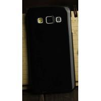 Глянцевый силиконовый непрозрачный чехол для Samsung Galaxy A3 Черный