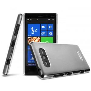 Ультратонкий пластиковый полупрозрачный чехол для Nokia Lumia 820 Белый