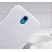 Пластиковый матовый премиум чехол для HTC Desire 500 Белый
