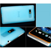 Пластиковый полупрозрачный чехол для HTC Desire 600 Голубой