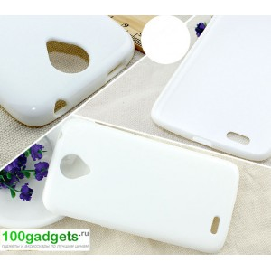Бампер для Lenovo S820 Ideaphone Белый