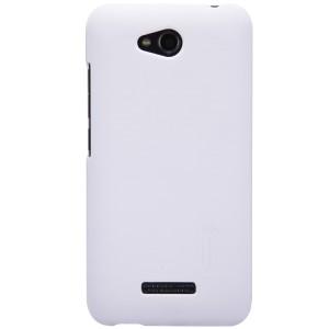 Пластиковый премиум матовый чехол для HTC Desire 616 Белый