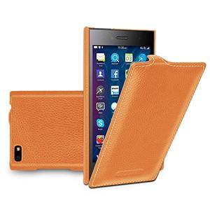 Кожаный чехол вертикальная книжка (нат. кожа) для Blackberry Leap