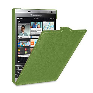 Кожаный чехол вертикальная книжка (нат. кожа) для BlackBerry Passport Silver Edition