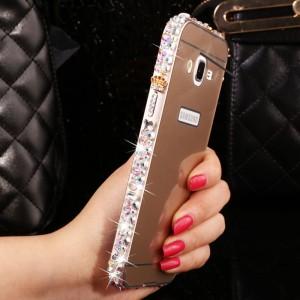 Двухкомпонентный чехол с металлическим бампером с ручной аппликацией стразами и поликарбонатной накладкой для Samsung Galaxy J7 Бежевый