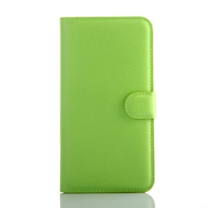Чехол портмоне подставка на пластиковой основе на магнитной защелке для Samsung Galaxy J7 Зеленый