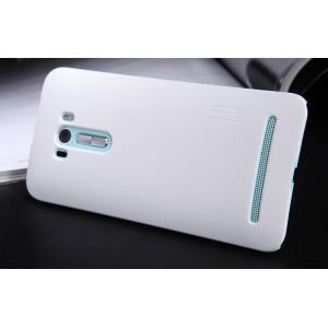 Пластиковый матовый нескользящий премиум чехол для ASUS Zenfone Selfie Белый