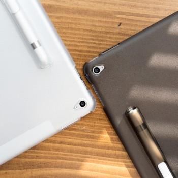 Двухкомпонентный противоударный премиум чехол накладка силикон/поликарбонат с отсеком для Apple Pencil/подставкой совместимый со Smart Keyboard для Ipad Pro 9.7