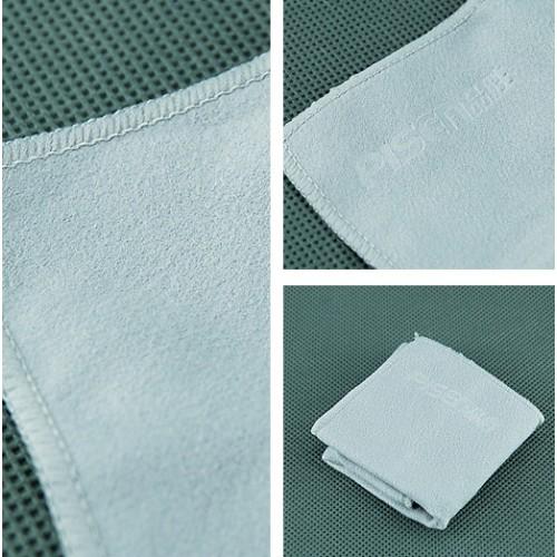 Ткань из микрофибры для очистки экранов и глянцевых поверхностей гаджетов 18х18 см