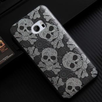 Силиконовый матовый непрозрачный чехол с нескользящими гранями и объемно-рельефным принтом для HTC 10