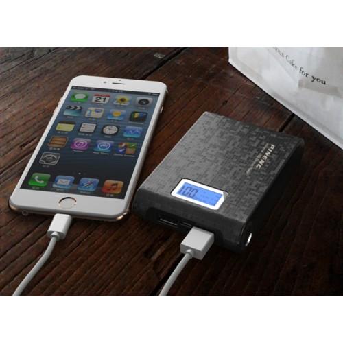 Портативный аккумулятор с LCD-экраном, USB-портом экспресс-заряда 2.1В, LED-фонариком и голографической текстурой 10000 мАч