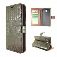 Чехол портмоне подставка текстура Крокодил на пластиковой основе на магнитной защелке для Samsung Galaxy J7 Коричневый