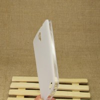 Силиконовый матовый полупрозрачный чехол для Alcatel One Touch Idol X Белый