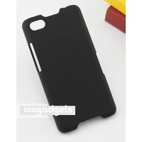 Пластиковый матовый металлик чехол для Blackberry Z30 Черный