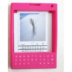 Силиконовый дизайнерский фигурный чехол с покрытием клавиатуры для Blackberry Passport