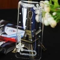 Пластиковый транспарентный чехол с инкрустацией стразами ручной работы дизайн Ромашка для ASUS Zenfone 5