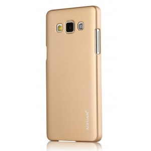 Пластиковый матовый металлик чехол для Samsung Galaxy A7 Бежевый