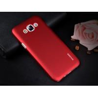 Пластиковый матовый металлик чехол для Samsung Galaxy E5 Красный