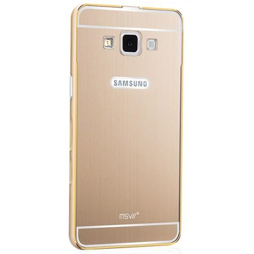 Двухкомпонентный чехол с металлическим бампером и поликарбонатной накладкой с золотой окантовкой и лого-отверстием для Samsung Galaxy A5