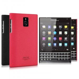 Пластиковый матовый чехол с повышенной шероховатостью для Blackberry Passport Красный