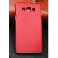 Пластиковый матовый непрозрачный чехол для Samsung Galaxy A7 Красный